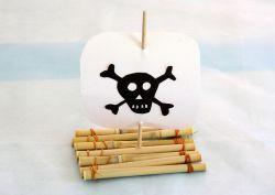 piratenfloss_basteln_fuer_und_mit_kindern